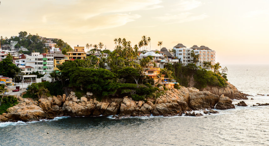 The picturesque bay of Acapulco